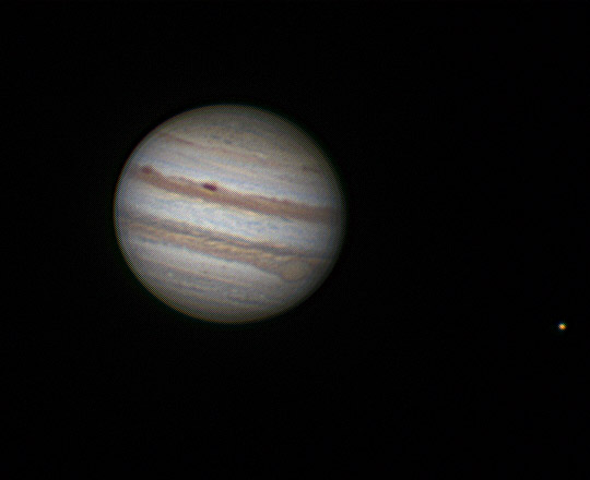A hét csillagászati képe 2011. szeptember 13-én készült 195/1300-as Newton-távcsővel (2x akromatikus Barlow + 2,5x APO Barlow + Scopium kamera. A felvétel 800 kép átlagából készült,  jobbra az Io hold látható.
