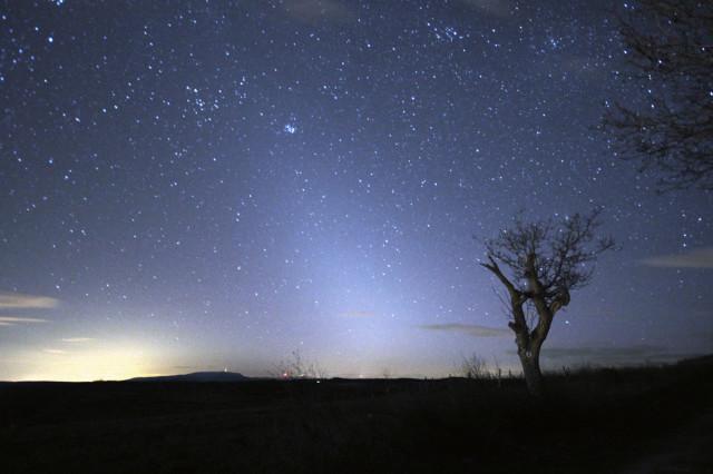 Az állatövi fény a március 19-i hidegfrontot követő tiszta levegőnek köszönhetően rendkívül látványos volt.
