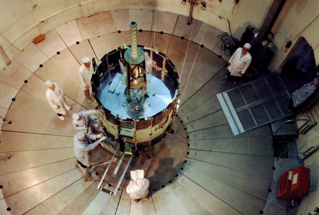 ISEE-C_(ISEE_3)_in_dynamics_test_chamber