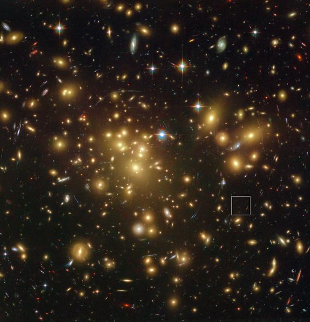 20150303_vennek_tuno_galaxis_a_fiatal_univerzumban_1