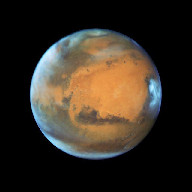 20160530_Mars_a_HST-vel_megfigyeles_2016maj12_1